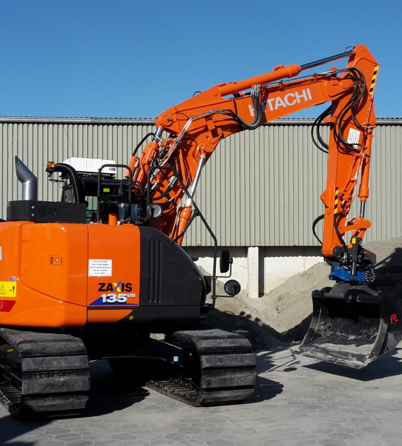 Graafmachine Hitachi ZX135US-6 Gunter Grondverzet